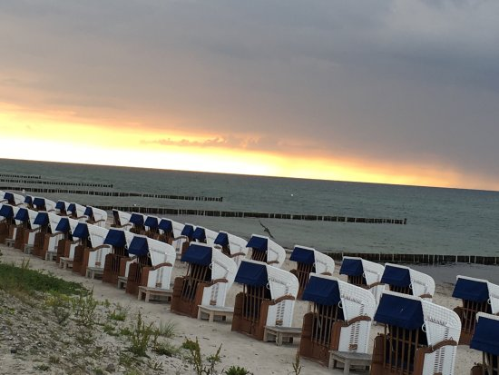 Ostseebad Heiligendamm, Alemania: Abendstimmung an der Ostsee, Lage direkt vorm Hotel