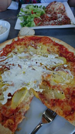 Sene, Francia: Pizza savoyarde et lasagne maison excellente !!!!