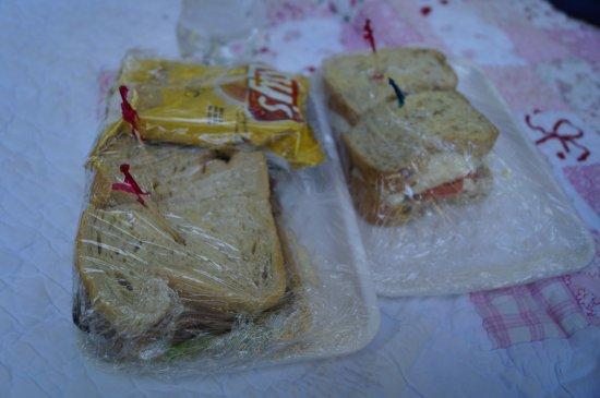 Enterprise, Oregón: Sourdough Roast beef/cheese on left. 8-Grain Veggie on the right. Soft, soft bread.