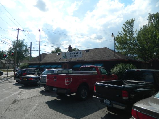 Getzville, estado de Nueva York: Crow's Nest Tavern