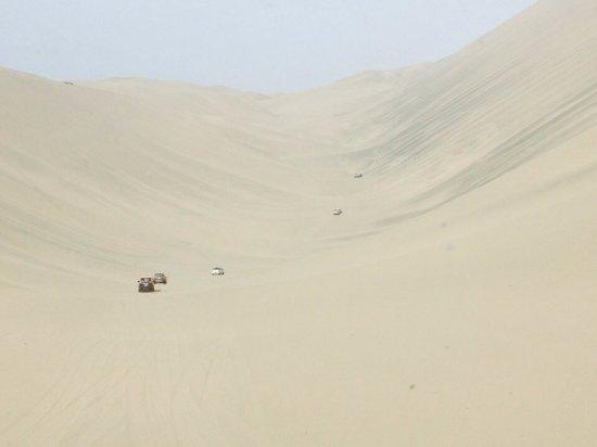 Lima Region, Περού: El tubo, formada por dos dunas enormes