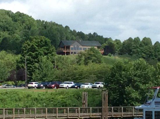 Roanoke, WV: Golf Pro Shop & Lightburn's restaurant