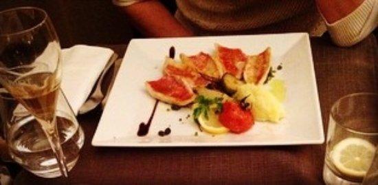 Saint-Martin-de-Crau, Francja: Filet de rougets