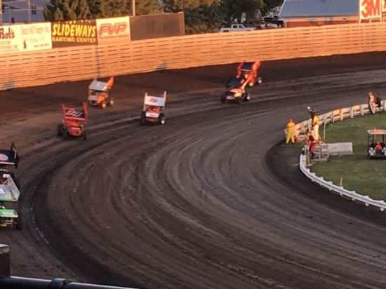 Knoxville, IA: Turn 4