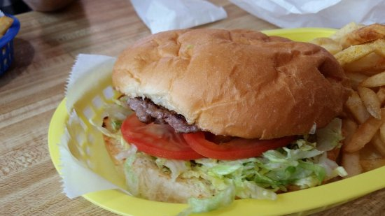 Shiner, TX: Big ol cheeseburger