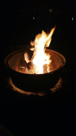 Catawissa, เพนซิลเวเนีย: Heaven is a little closer by the campfire!