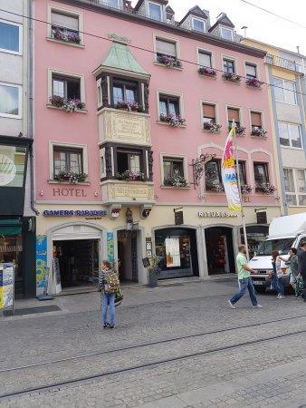 Hotel zum winzerm nnle bewertungen fotos w rzburg for Unterkunft in wurzburg