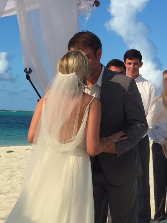 Bahama Beach Club: Thank you for helping us have a fabulous wedding.
