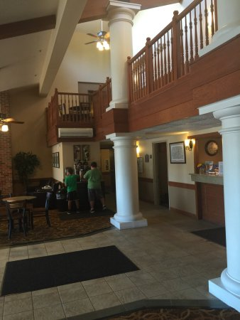 AmericInn Lodge & Suites Peoria: photo0.jpg