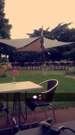 Mennecy, France: 🌤🎍🍸
