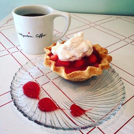 Fredericktown, MO: Retro Strawberry pie! homemade, fresh, local