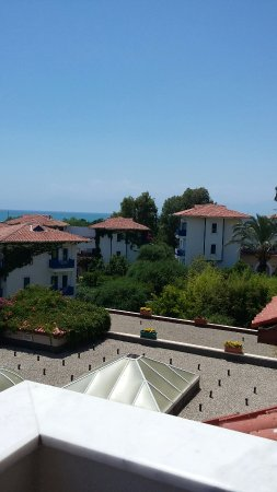 Belconti Resort Hotel: 20160707_134405_large.jpg