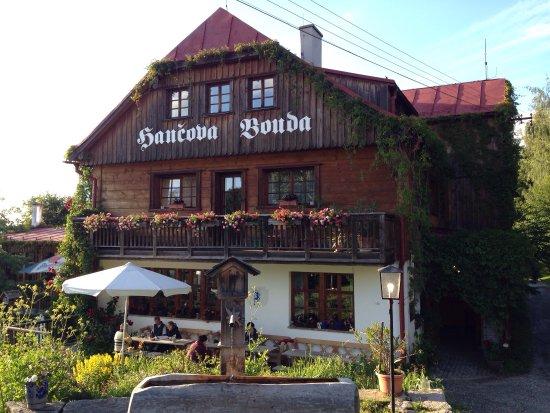 Benecko, República Checa: Ook lekkere plek in de zomer! Het voorafje heette rustikal