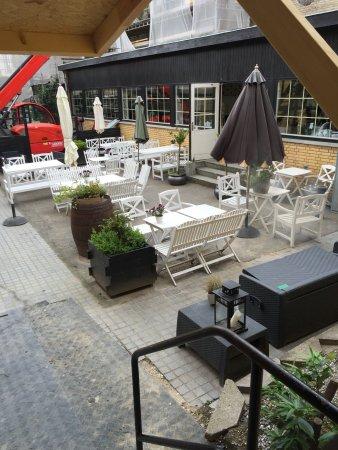 Sakskoebing, Dinamarca: Den hyggelige gårdhave