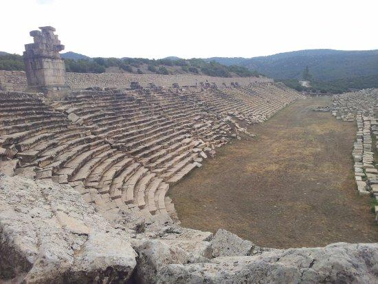 kibyra antik kenti (gölhisar)-stadion