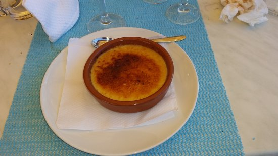 Maubuisson, Prancis: Une vraie crème catalane maison avec sa croute de caramel