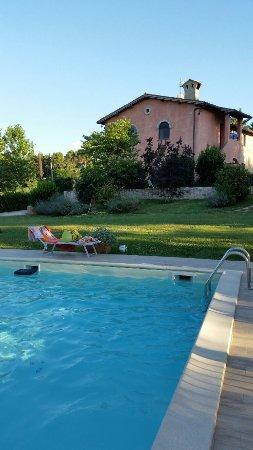 Castel Ritaldi, Italie : 20160707_192409_large.jpg