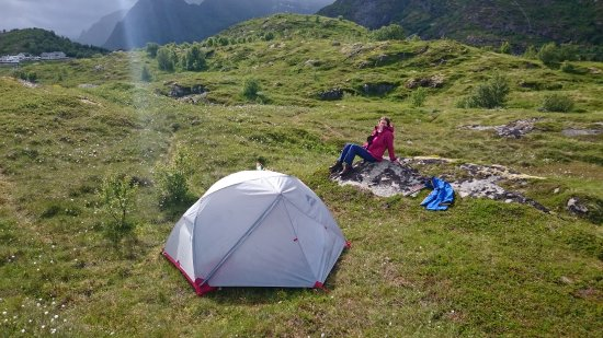 Moskenesoy, Norwegen: our camping site 5 min walk from reception building