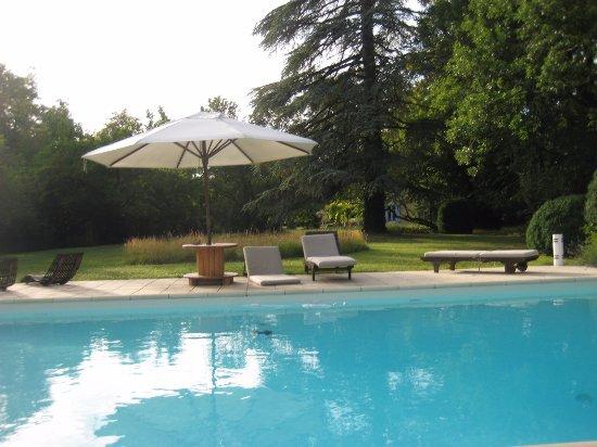 Monmarves, فرنسا: Pool
