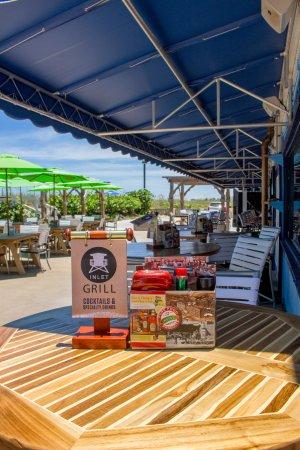 Beachfront Inn : Outside Dining