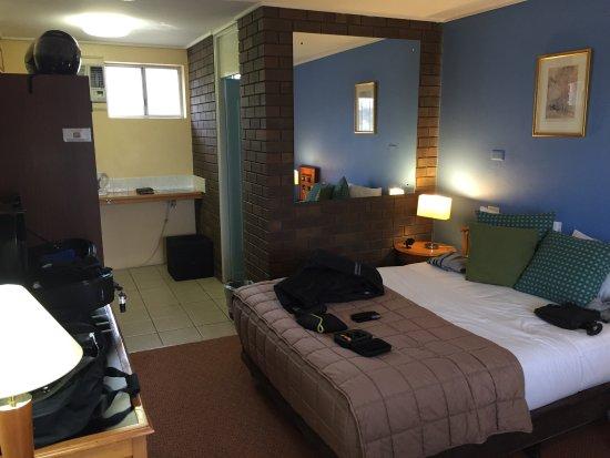 Matador Motor Inn Photo