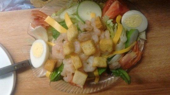 Hollywood, SC: Chef shrimp salad