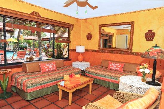 Blue Seas Courtyard: one-bedroom suite
