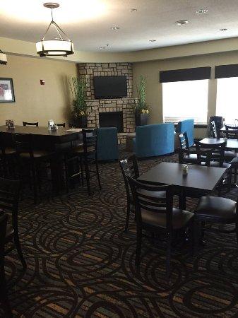 Ουάσιγκτον, Μιζούρι: Lobby and breakfast area.