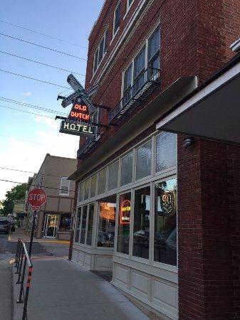 Ουάσιγκτον, Μιζούρι: Front of the Tavern