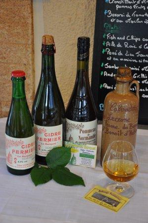 Quetteville, França: Nos digestifs Normand