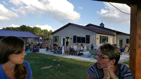 Napoleon, OH: Leisure Time Winery