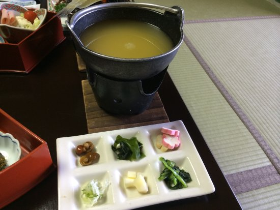 Awara, Japón: お味噌汁には自分で具を入れるんです。