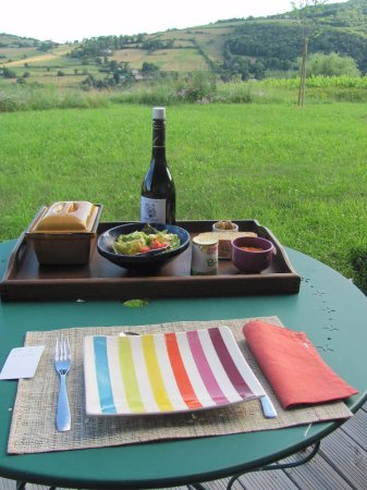 Cogny, France : dinner with a view