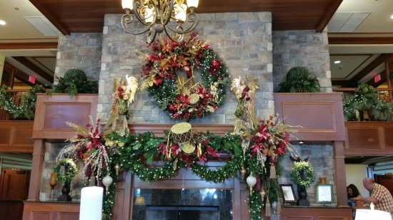 The Inn at Christmas Place: The main room as you walk into the hotel.
