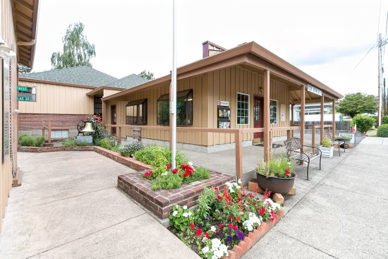 Washougal, WA: Entry to museum & historical society