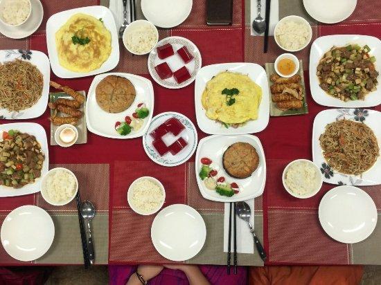 Splendid Essence : 道地的中式美食,美味的素食料理,溫馨的用餐環境,親切的服務態度