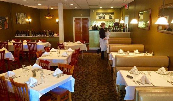 Medina, NY: Setting Up for the Dinner Rush