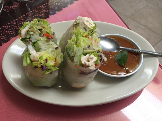 Beaumont, Kalifornien: Spring rolls!!  Very, very good!!