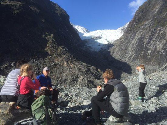 """Franz Josef, Nova Zelândia: Mikes Glacier """"cafe"""" hot chocolates"""