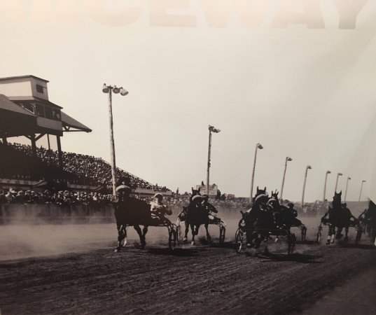 Red Shores Racetrack and Casino : Mural from opening day. July 2st 1953