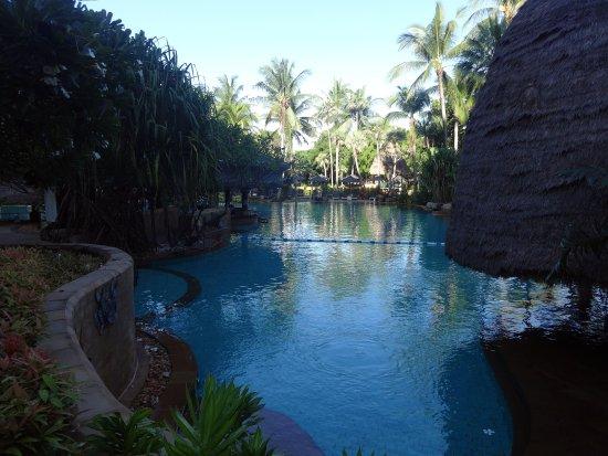 Movenpick Resort and Spa Karon Beach Phuket: Pool for villa users...