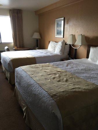 Hamilton, Montana: Room 208
