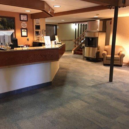 Hamilton, Montana: Reception area