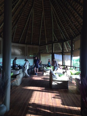 Manyara Wildlife Safari Camp: lobby