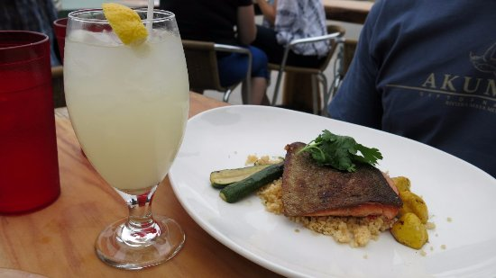 Wakefield, Canadá: Red snapper & lemonade