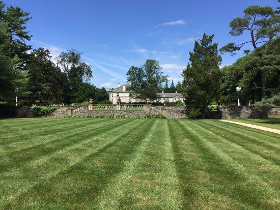 Wilmington, DE: Versailles in Delaware . . . yup!
