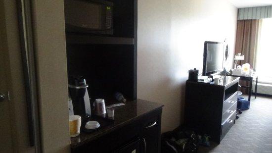 Hilton Garden Inn Silver Spring North: Mini Storage Bar