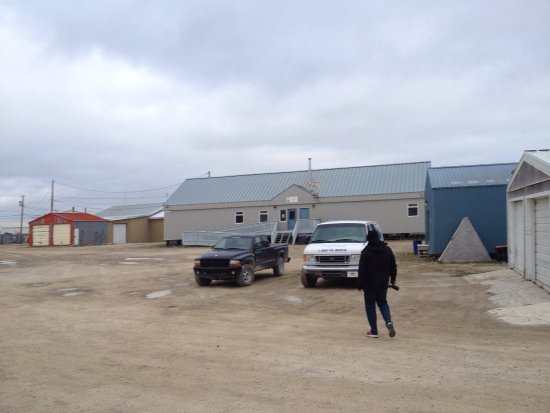 Cambridge Bay, Canada : Currently being renovated & upgraded inside & out. Gonna be even better when completed.