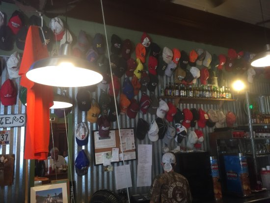 Hole In The Wall Seafood : photo0.jpg