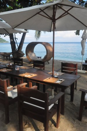 Sunset at Aninuan Beach Resort Foto